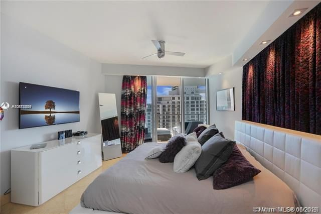 Ocean Palms for Sale - 3101 S Ocean Dr, Unit 2703, Hollywood 33019, photo 20 of 28