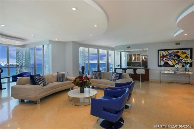Ocean Palms for Sale - 3101 S Ocean Dr, Unit 2703, Hollywood 33019, photo 4 of 28