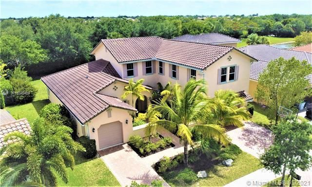 Heron Bay for Sale - 11994 NW 79th Ct, Parkland 33076, photo 1 of 44