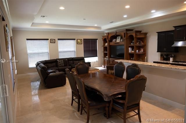 Heron Bay for Sale - 11994 NW 79th Ct, Parkland 33076, photo 11 of 44
