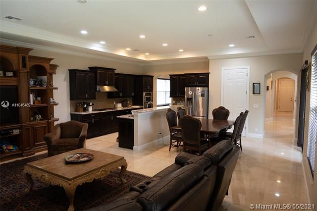 Heron Bay for Sale - 11994 NW 79th Ct, Parkland 33076, photo 13 of 44