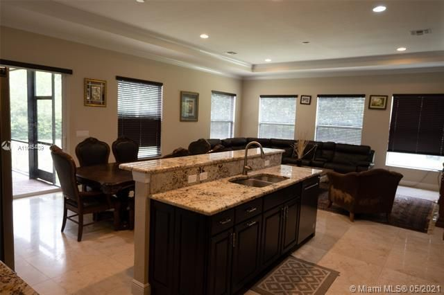 Heron Bay for Sale - 11994 NW 79th Ct, Parkland 33076, photo 16 of 44