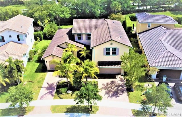 Heron Bay for Sale - 11994 NW 79th Ct, Parkland 33076, photo 3 of 44