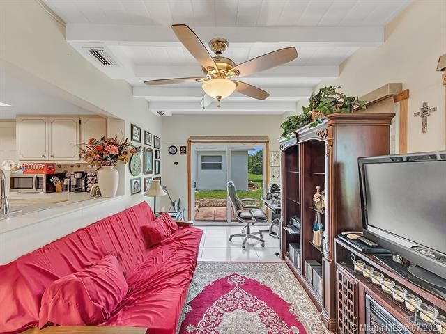 Paradise Gardens Sec 2 for Sale - 1470 NW 67th Ter, Margate 33063, photo 20 of 32