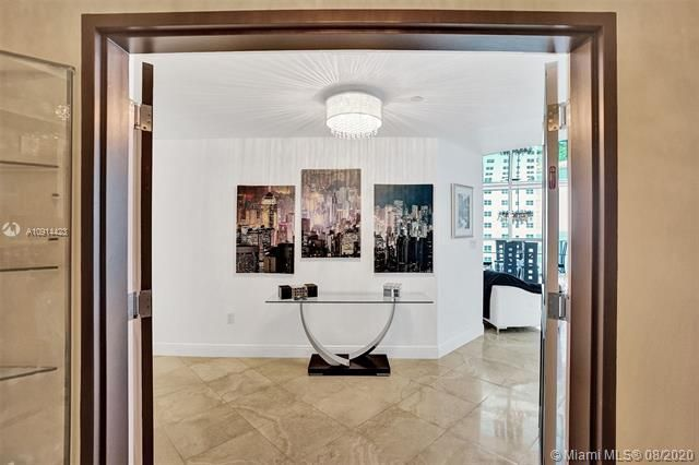 Ocean Palms for Sale - 3101 S Ocean Dr, Unit 1005, Hollywood 33019, photo 15 of 54