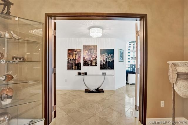 Ocean Palms for Sale - 3101 S Ocean Dr, Unit 1005, Hollywood 33019, photo 16 of 54