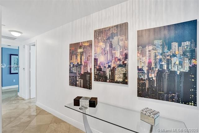 Ocean Palms for Sale - 3101 S Ocean Dr, Unit 1005, Hollywood 33019, photo 17 of 54