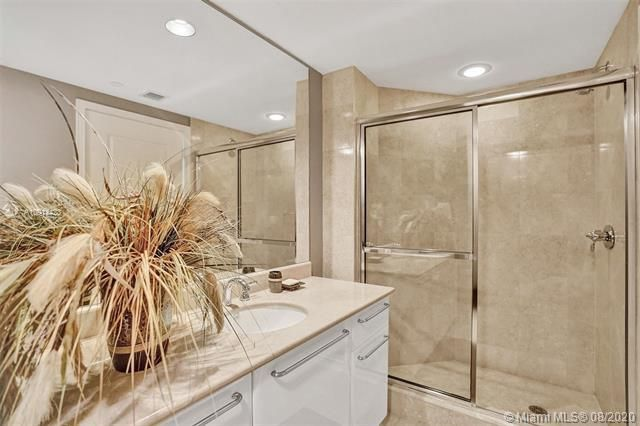 Ocean Palms for Sale - 3101 S Ocean Dr, Unit 1005, Hollywood 33019, photo 20 of 54