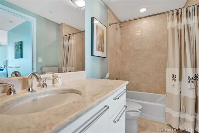 Ocean Palms for Sale - 3101 S Ocean Dr, Unit 1005, Hollywood 33019, photo 26 of 54