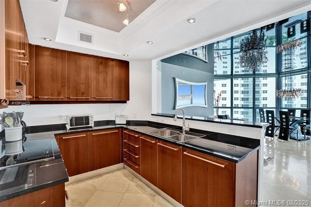 Ocean Palms for Sale - 3101 S Ocean Dr, Unit 1005, Hollywood 33019, photo 47 of 54