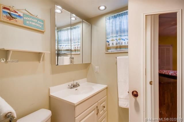 Penthouse South for Sale - 745 SE 19th Ave, Unit 228, Deerfield Beach 33441, photo 10 of 23
