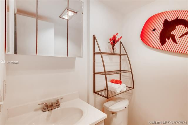 Penthouse South for Sale - 745 SE 19th Ave, Unit 228, Deerfield Beach 33441, photo 12 of 23