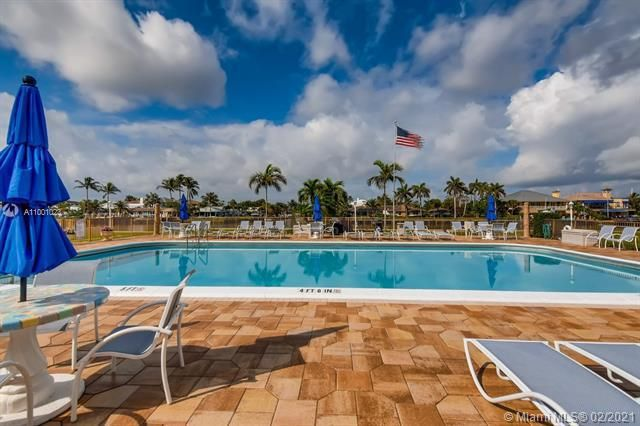 Penthouse South for Sale - 745 SE 19th Ave, Unit 228, Deerfield Beach 33441, photo 20 of 23