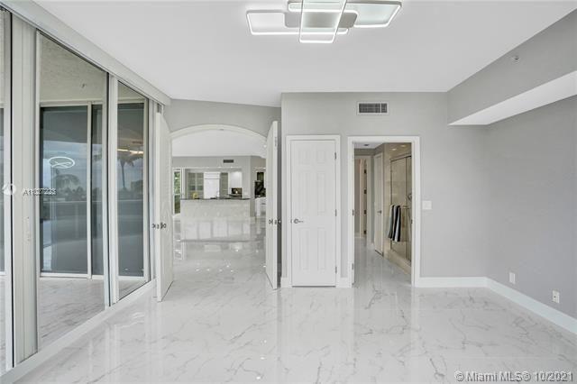 L'Hermitage for Sale - 3100 N Ocean Blvd, Unit 510, Fort Lauderdale 33308, photo 26 of 71