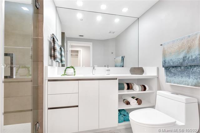 L'Hermitage for Sale - 3100 N Ocean Blvd, Unit 510, Fort Lauderdale 33308, photo 33 of 71
