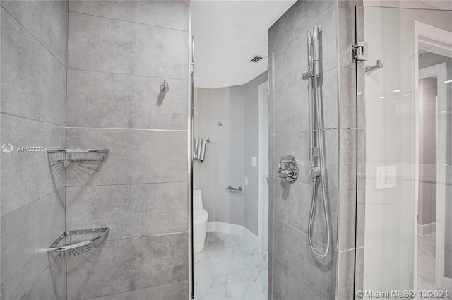 L'Hermitage for Sale - 3100 N Ocean Blvd, Unit 510, Fort Lauderdale 33308, photo 36 of 71