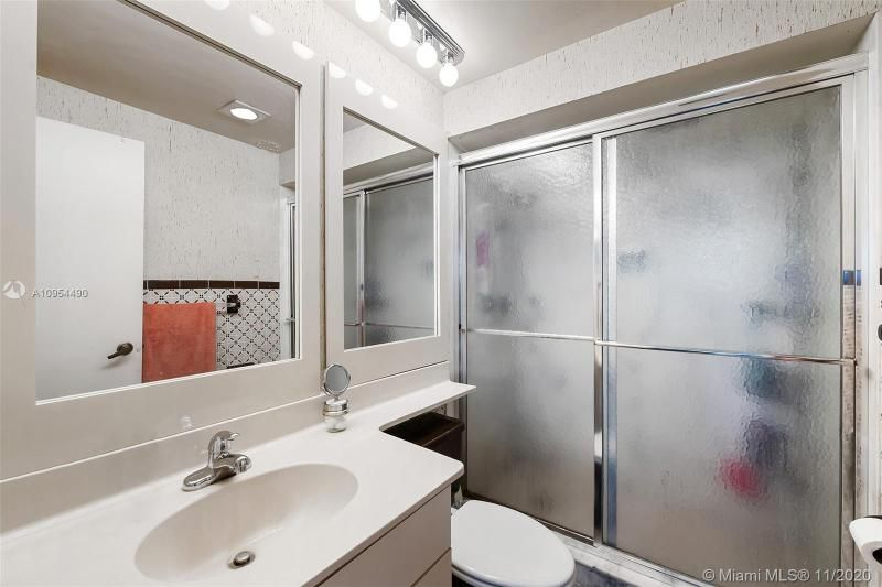 Hollywood Towers for Sale - 3111 N Ocean Dr, Unit 506, Hollywood 33019, photo 14 of 29