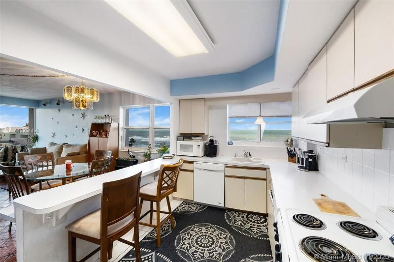 Hollywood Towers for Sale - 3111 N Ocean Dr, Unit 506, Hollywood 33019, photo 9 of 29