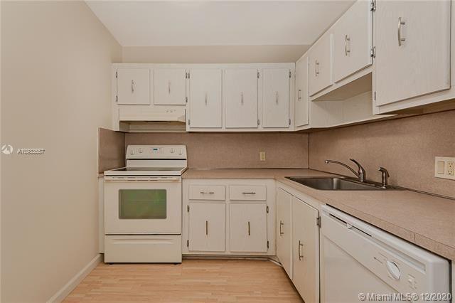 Coronado for Sale - 20379 W Country Club Dr, Unit 2436, Aventura 33180, photo 8 of 35