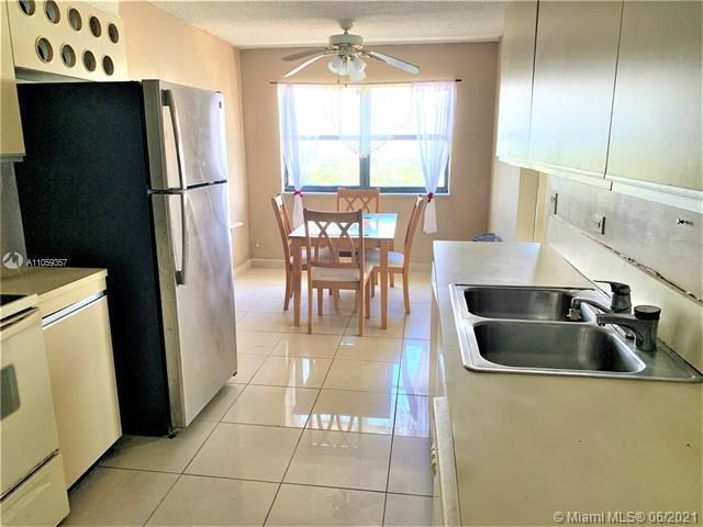 Summit for Sale - 1201 S Ocean Dr, Unit 2411S, Hollywood 33019, photo 10 of 41