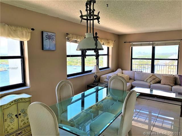 Summit for Sale - 1201 S Ocean Dr, Unit 2411S, Hollywood 33019, photo 5 of 41