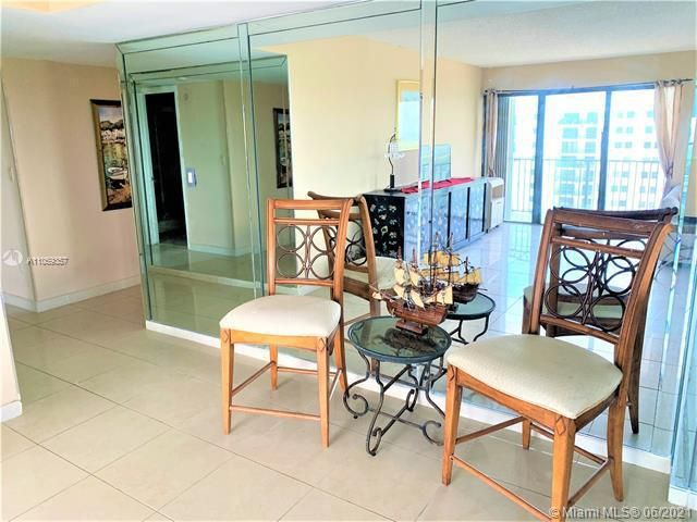 Summit for Sale - 1201 S Ocean Dr, Unit 2411S, Hollywood 33019, photo 6 of 41