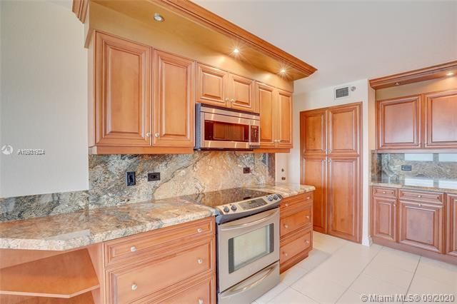 Summit for Sale - 1201 S Ocean Dr, Unit 1901S, Hollywood 33019, photo 10 of 65