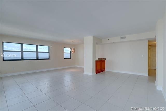Summit for Sale - 1201 S Ocean Dr, Unit 1901S, Hollywood 33019, photo 12 of 65