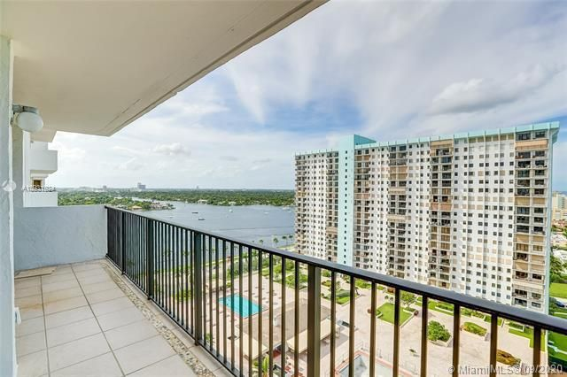 Summit for Sale - 1201 S Ocean Dr, Unit 1901S, Hollywood 33019, photo 18 of 65