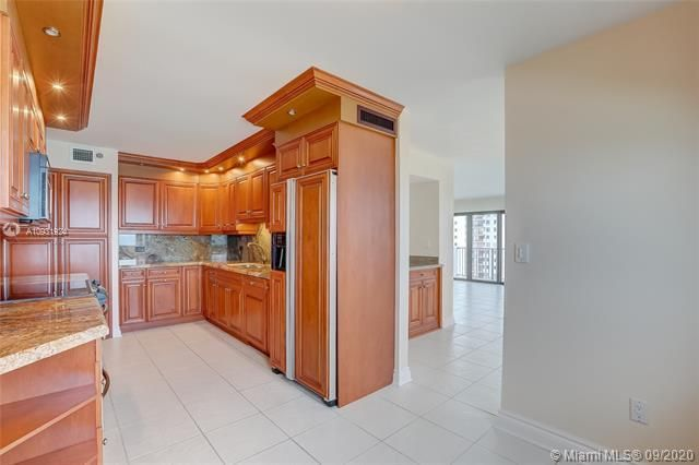 Summit for Sale - 1201 S Ocean Dr, Unit 1901S, Hollywood 33019, photo 20 of 65