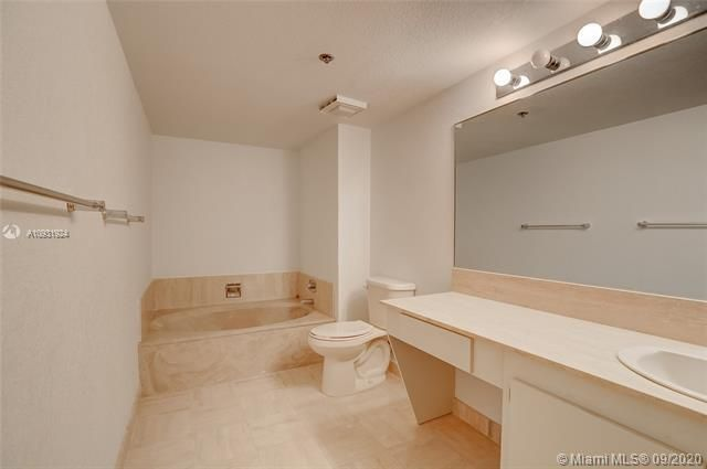 Summit for Sale - 1201 S Ocean Dr, Unit 1901S, Hollywood 33019, photo 30 of 65