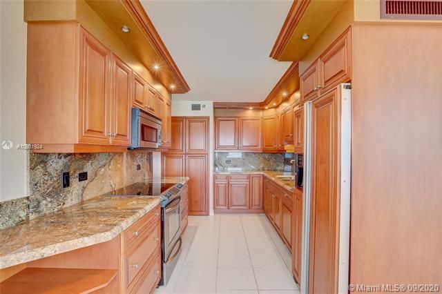 Summit for Sale - 1201 S Ocean Dr, Unit 1901S, Hollywood 33019, photo 9 of 65