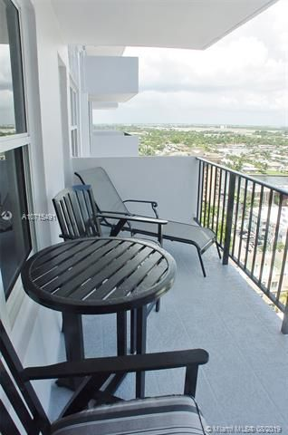 Parliament House for Sale - 405 N Ocean Blvd, Unit 1825, Pompano Beach 33062, photo 13 of 19
