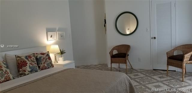 Sea Air Towers for Sale - 3725 S Ocean Dr, Unit 415, Hollywood 33019, photo 14 of 14