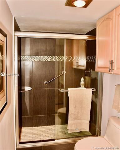 Quadomain Catania for Sale - 2301 S Ocean Dr, Unit 1104, Hollywood 33019, photo 10 of 23