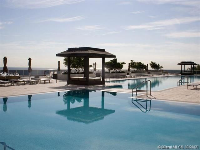 Beach Club I for Sale - 1850 S Ocean Dr, Unit 2708, Hallandale 33009, photo 11 of 40