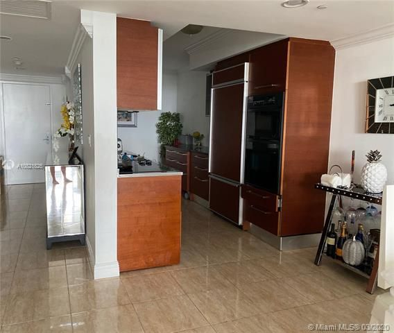 Beach Club I for Sale - 1850 S Ocean Dr, Unit 2708, Hallandale 33009, photo 3 of 40