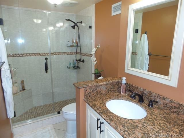 Sea Air Towers for Sale - 3725 S Ocean Dr, Unit 1116, Hollywood 33019, photo 40 of 46