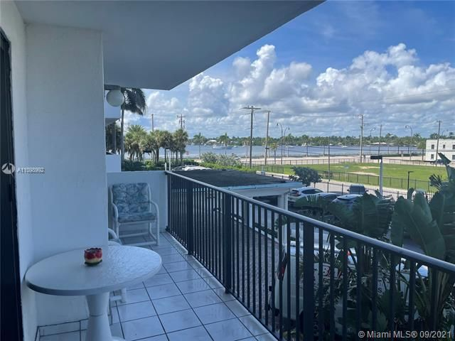 Summit for Sale - 1201 S Ocean Dr, Unit 210N, Hollywood 33019, photo 2 of 40