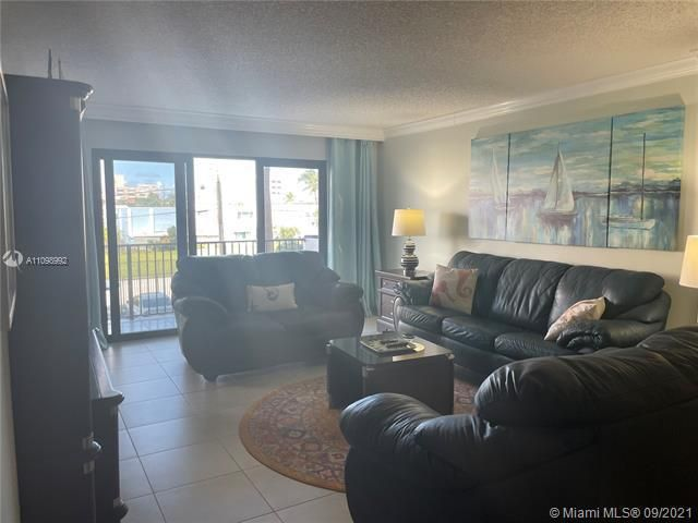 Summit for Sale - 1201 S Ocean Dr, Unit 210N, Hollywood 33019, photo 5 of 40