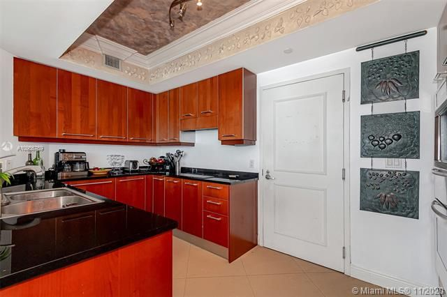 Ocean Palms for Sale - 3101 S Ocean Dr, Unit 1906, Hollywood 33019, photo 10 of 29