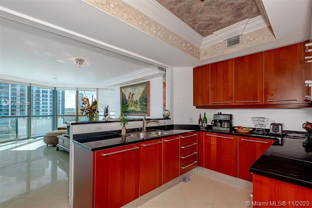 Ocean Palms for Sale - 3101 S Ocean Dr, Unit 1906, Hollywood 33019, photo 11 of 29