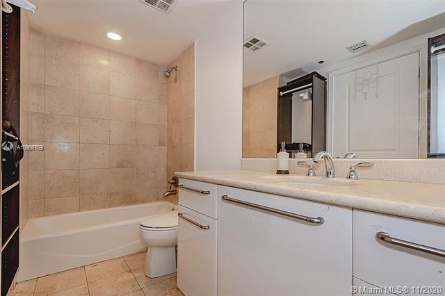 Ocean Palms for Sale - 3101 S Ocean Dr, Unit 1906, Hollywood 33019, photo 23 of 29