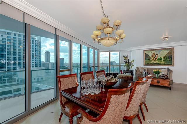 Ocean Palms for Sale - 3101 S Ocean Dr, Unit 1906, Hollywood 33019, photo 6 of 29