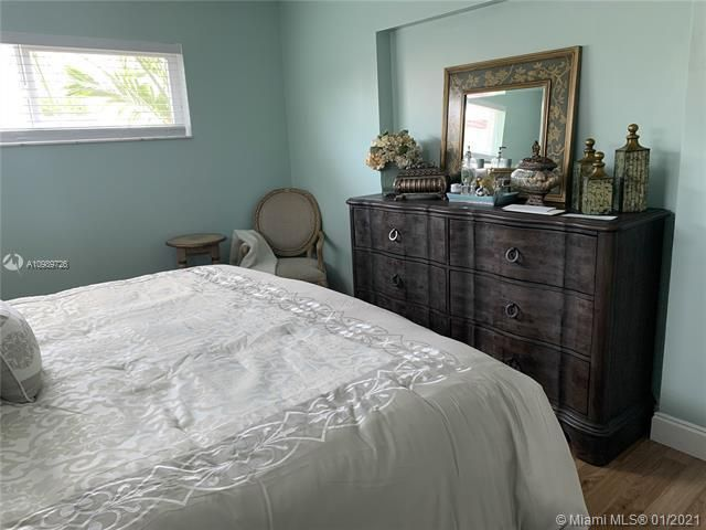 Paradise Gardens for Sale - 6660 NW 12th St, Margate 33063, photo 15 of 21