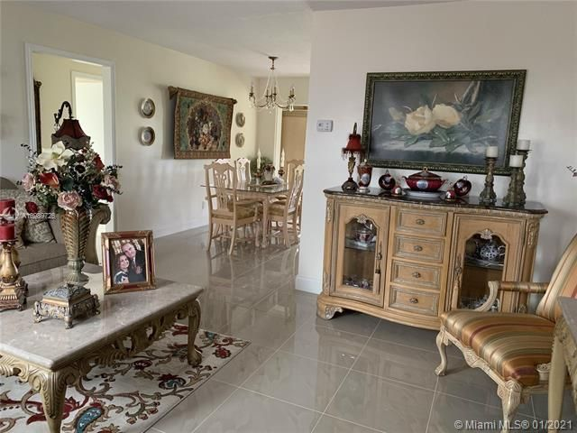 Paradise Gardens for Sale - 6660 NW 12th St, Margate 33063, photo 6 of 21