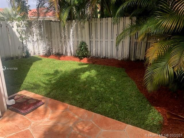 Silver Lakes At Pembroke for Sale - 17343 NW 6TH CT, Unit 17343, Pembroke Pines 33029, photo 2 of 28