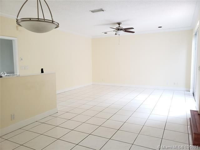 Silver Lakes At Pembroke for Sale - 17343 NW 6TH CT, Unit 17343, Pembroke Pines 33029, photo 6 of 28
