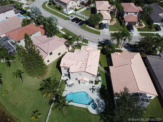 Silver Lakes At Pembroke for Sale - 551 SW 181st Ave, Pembroke Pines 33029, photo 11 of 80