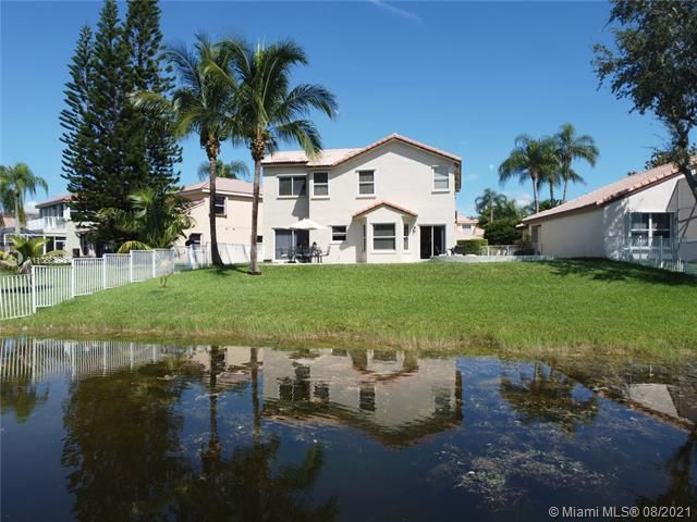 Silver Lakes At Pembroke for Sale - 551 SW 181st Ave, Pembroke Pines 33029, photo 19 of 80